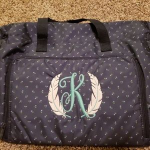 Thirty One essentials carry-all tote